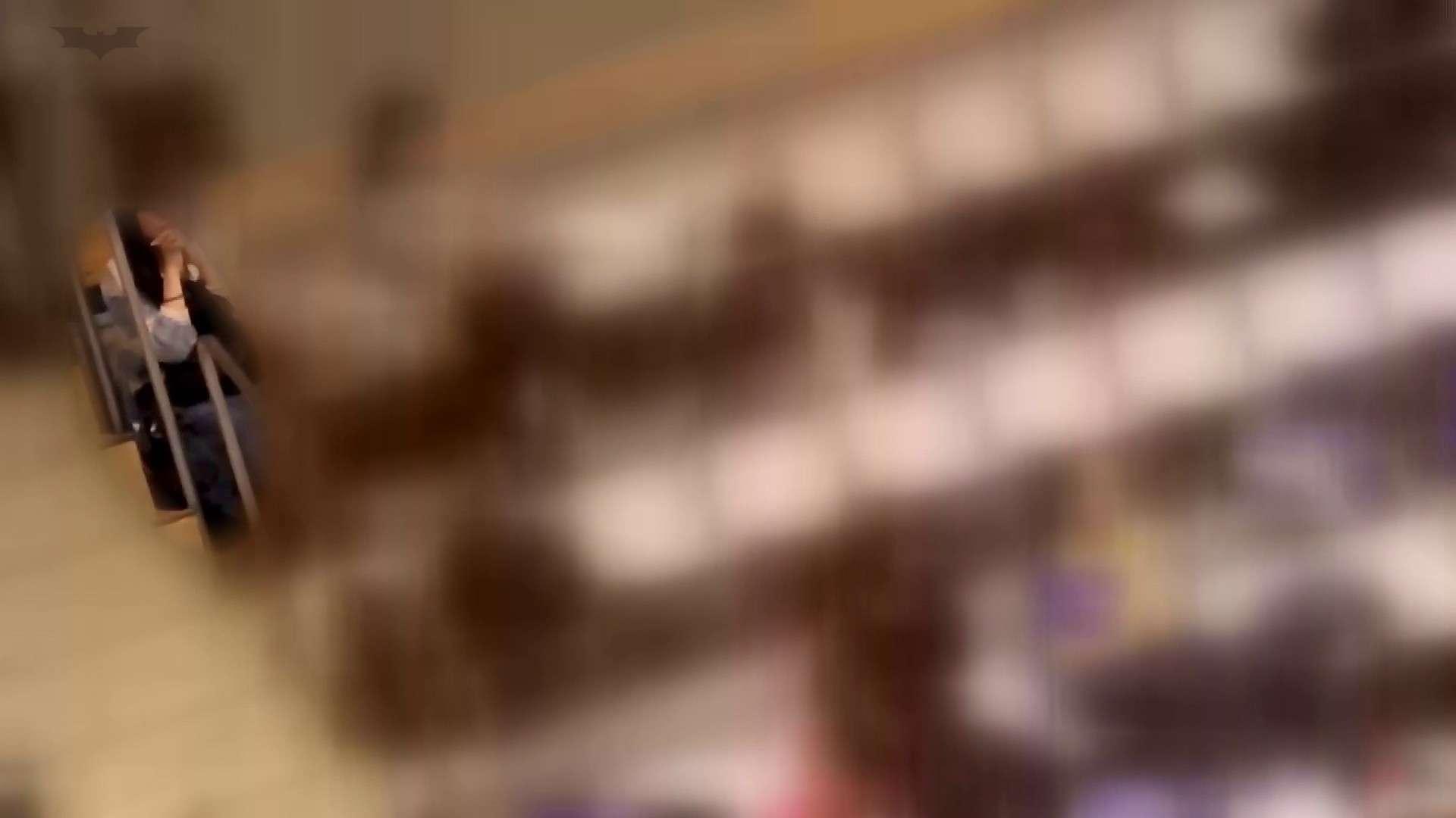 無修正おまんこ動画|第三体育館潜入撮File021進化2【2015・10位】|怪盗ジョーカー