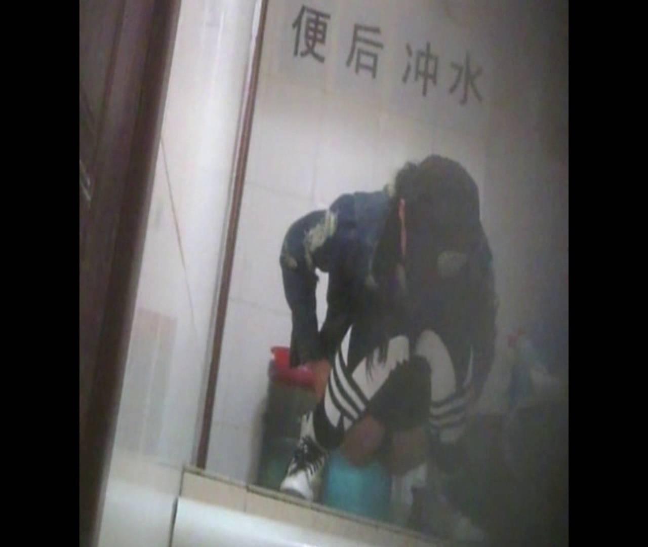 無修正おまんこ動画|Vol.42 帽子が残念!|怪盗ジョーカー