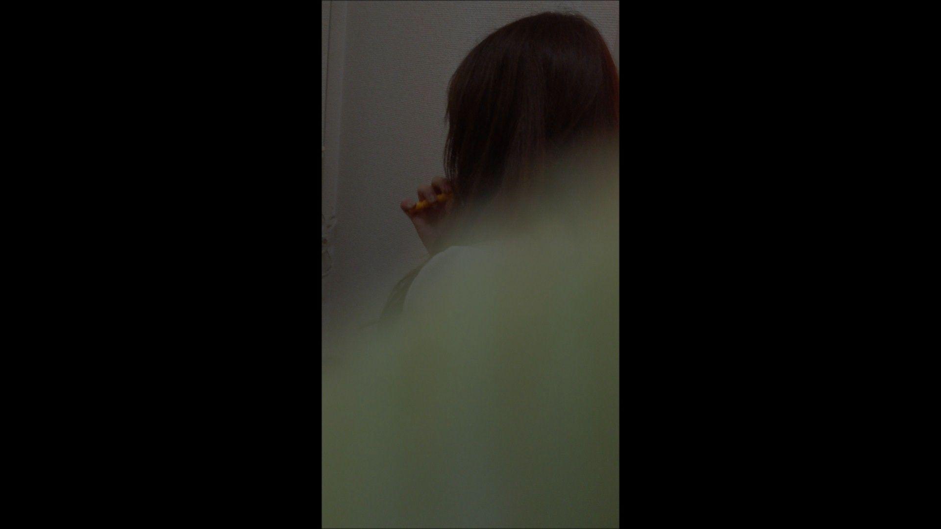 08(8日目)メイク中の彼女の顔を撮りました!
