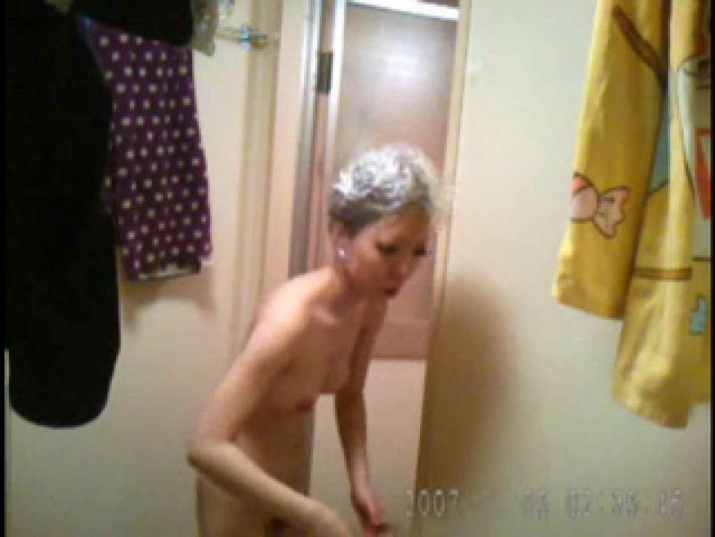 父親が自宅で嬢の入浴を4年間にわたって盗撮した映像が流出 入浴  46連発 10