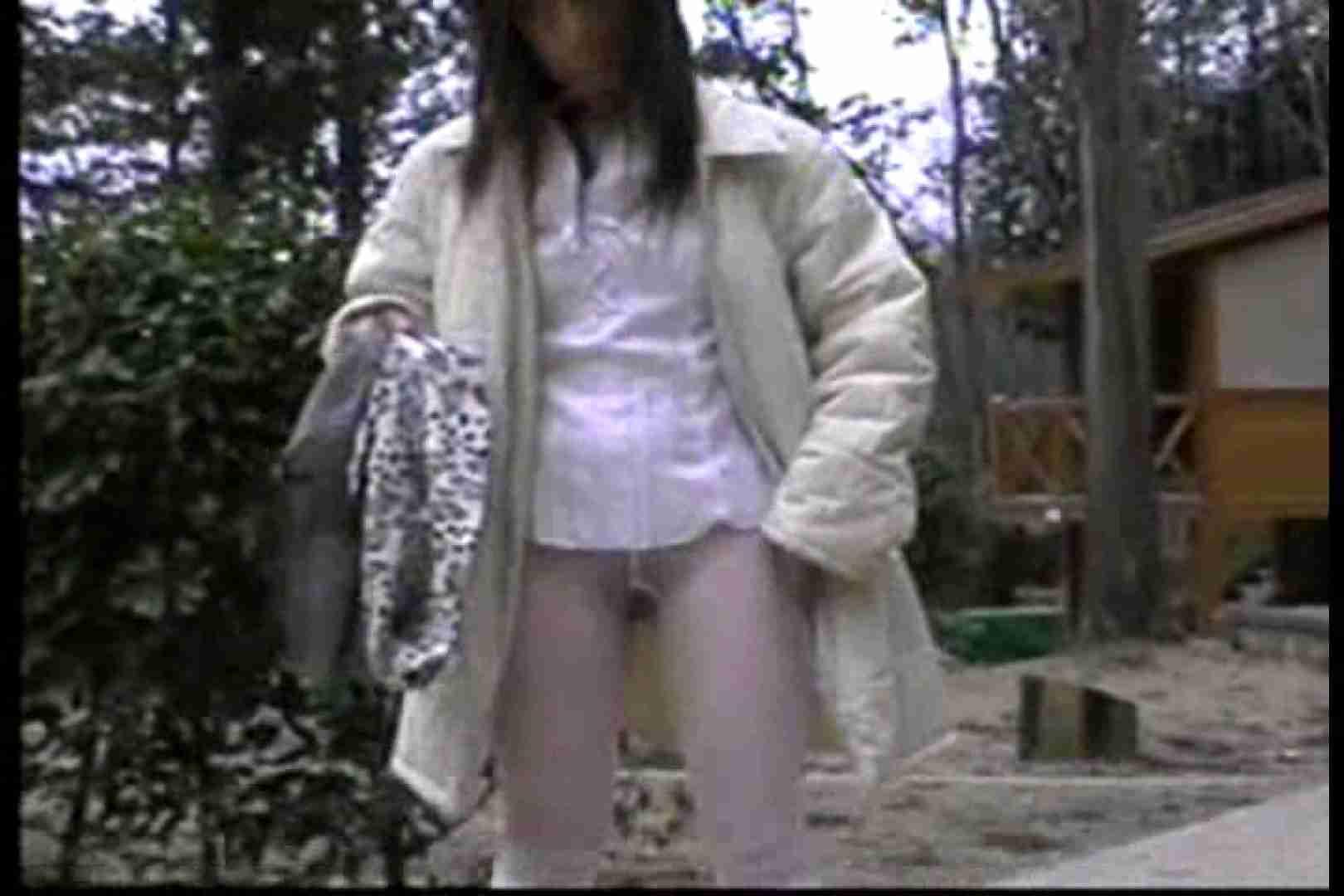 美熟女の野外露出プレイ2