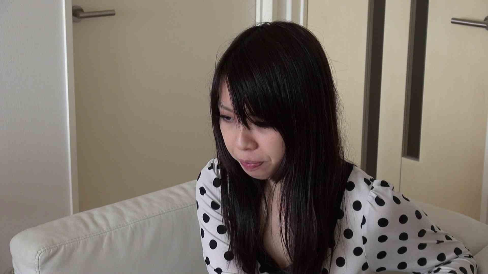 自宅で今回の出演までの経緯を語る志穂さん ドキュメント  29連発 11