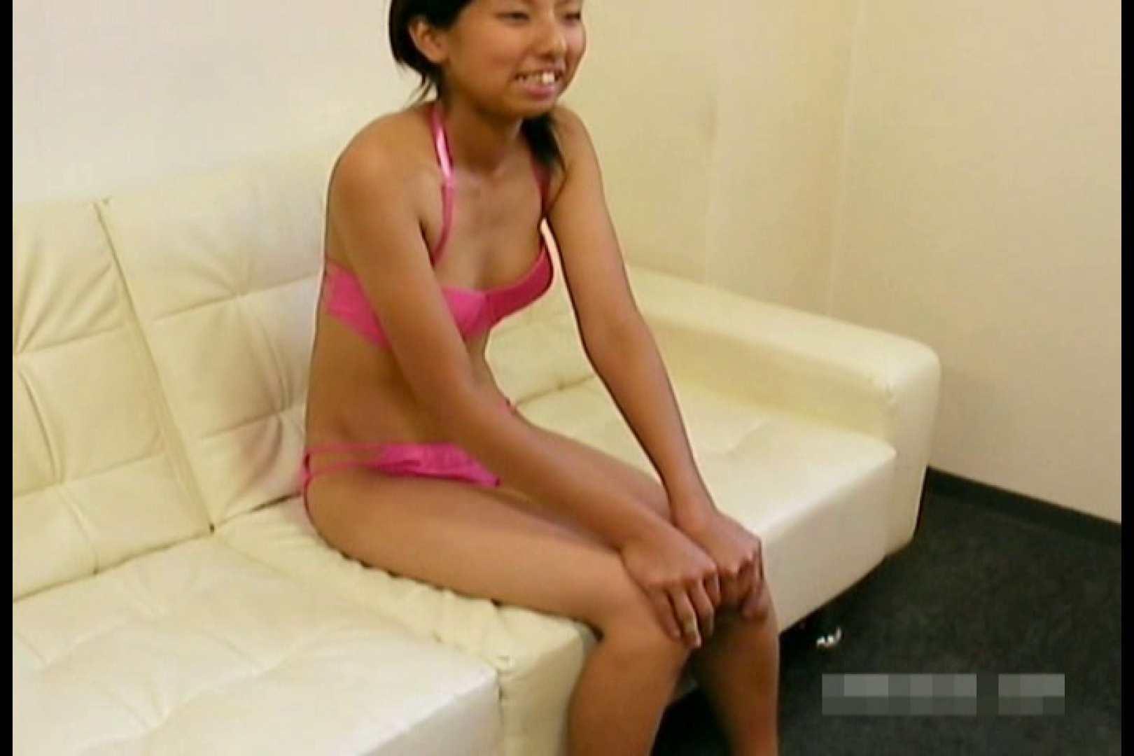 素人撮影 下着だけの撮影のはずが・・・エミちゃん18歳 おっぱい  44連発 15