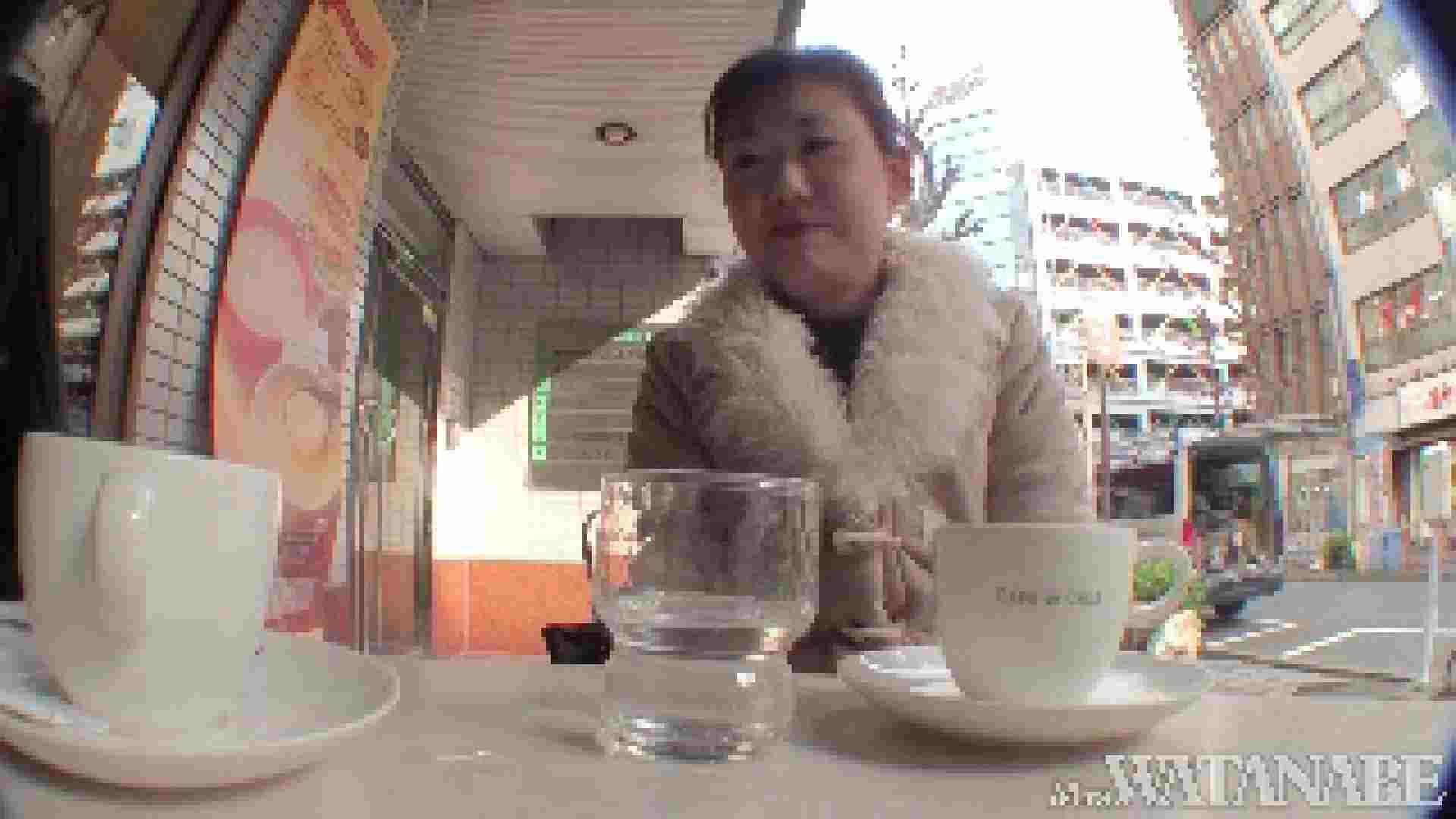 撮影スタッフを誘惑する痴熟女 かおり40歳 Vol.01 熟女  112連発 13