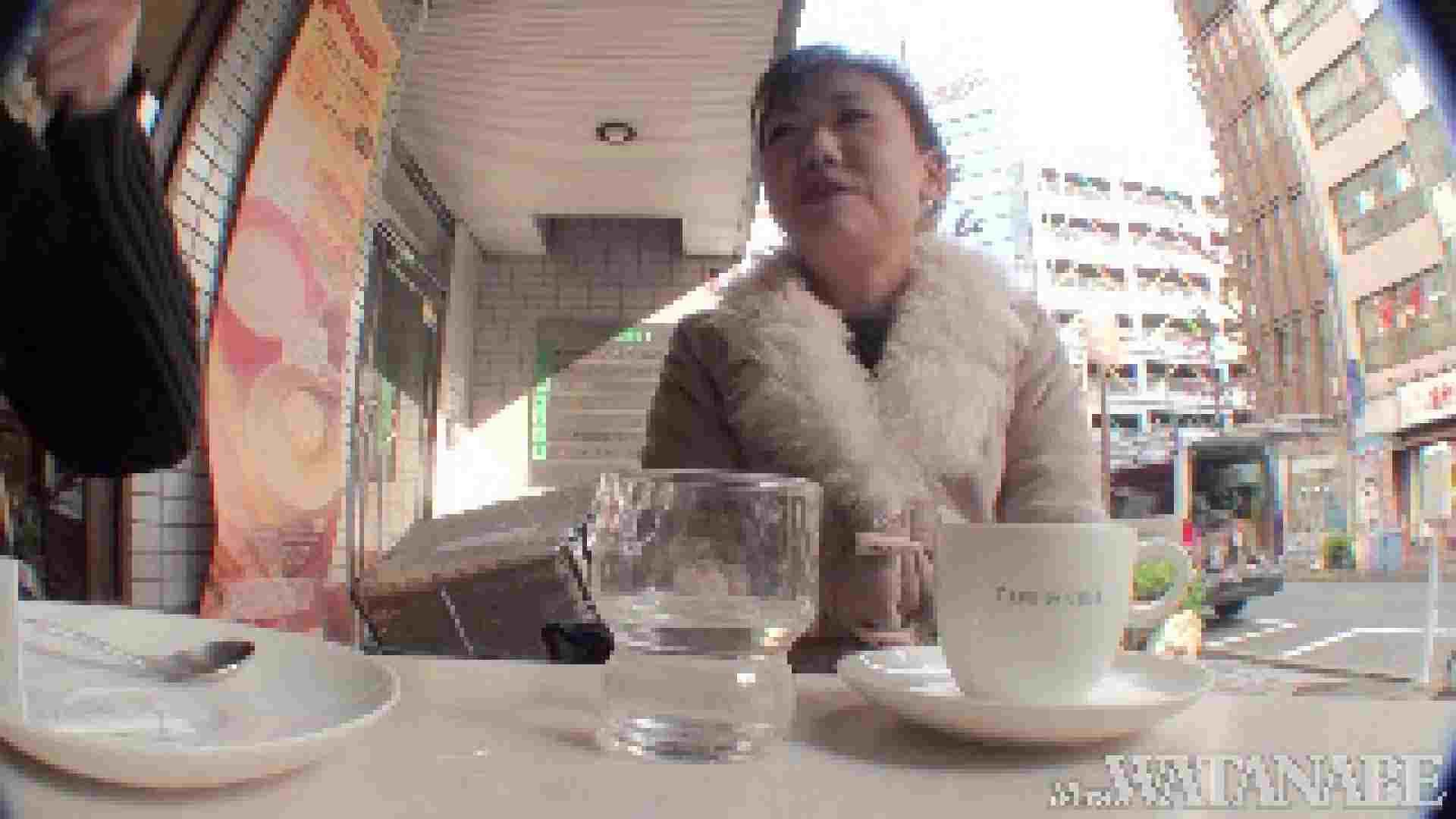撮影スタッフを誘惑する痴熟女 かおり40歳 Vol.01 熟女  112連発 19