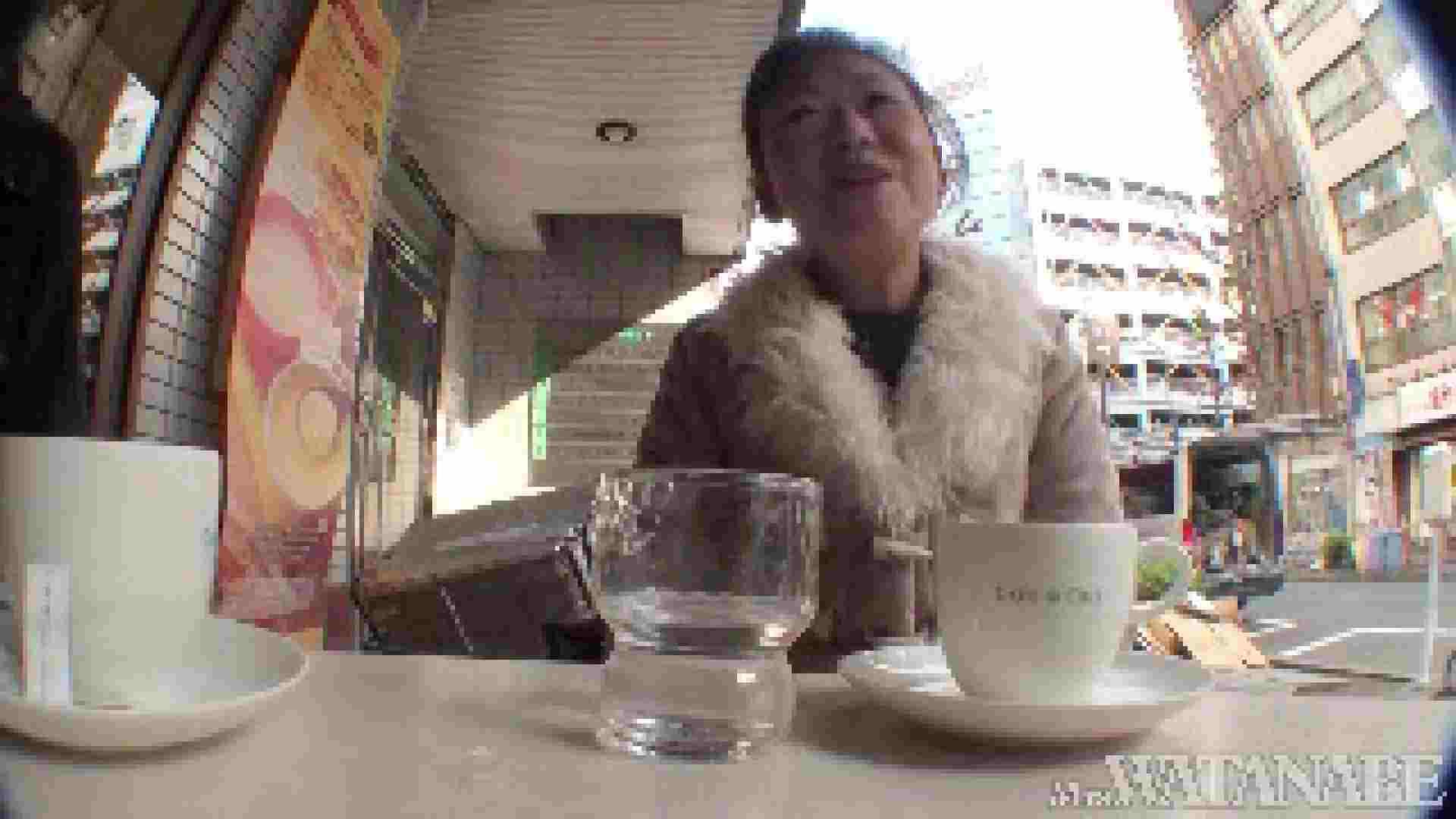 撮影スタッフを誘惑する痴熟女 かおり40歳 Vol.01 熟女  112連発 33