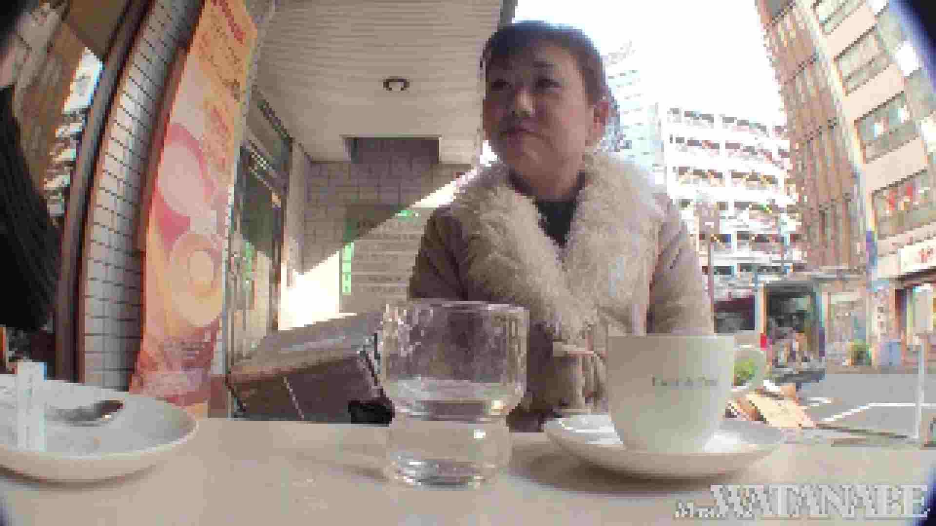 撮影スタッフを誘惑する痴熟女 かおり40歳 Vol.01 熟女  112連発 44