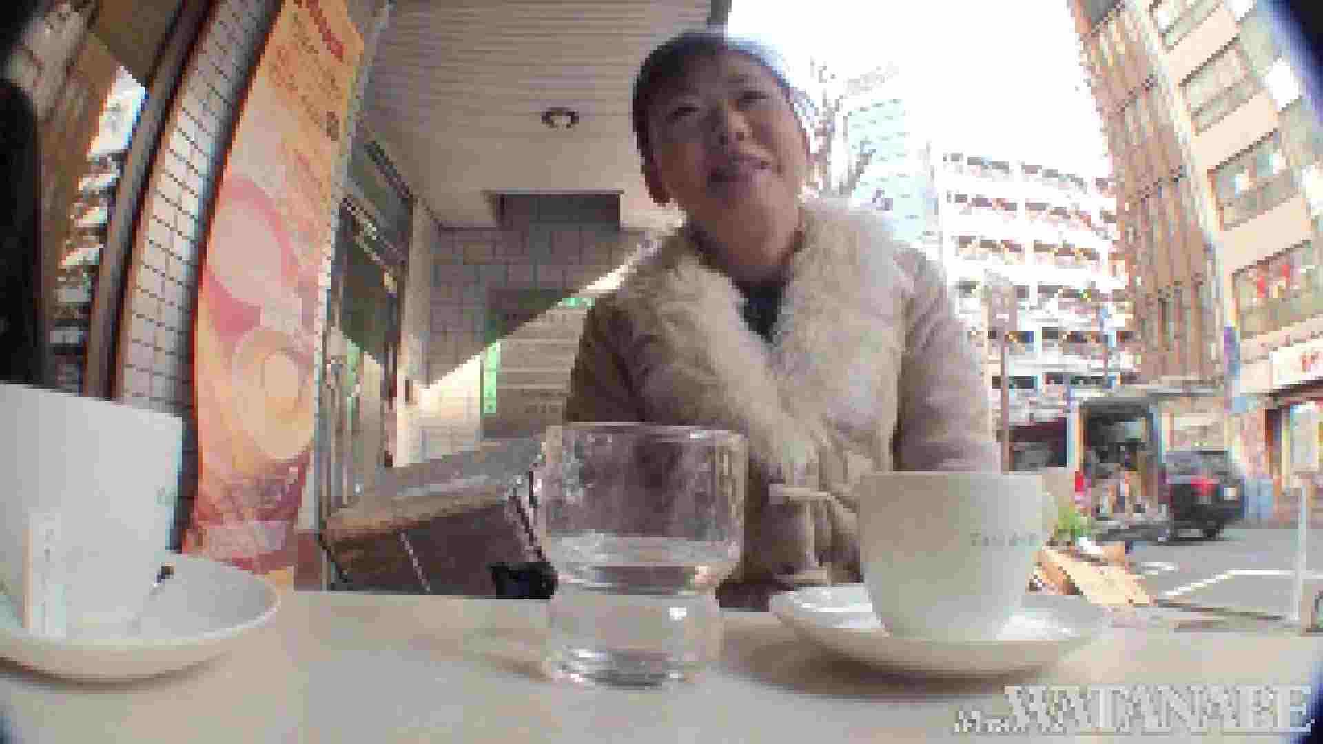 撮影スタッフを誘惑する痴熟女 かおり40歳 Vol.01 熟女  112連発 65