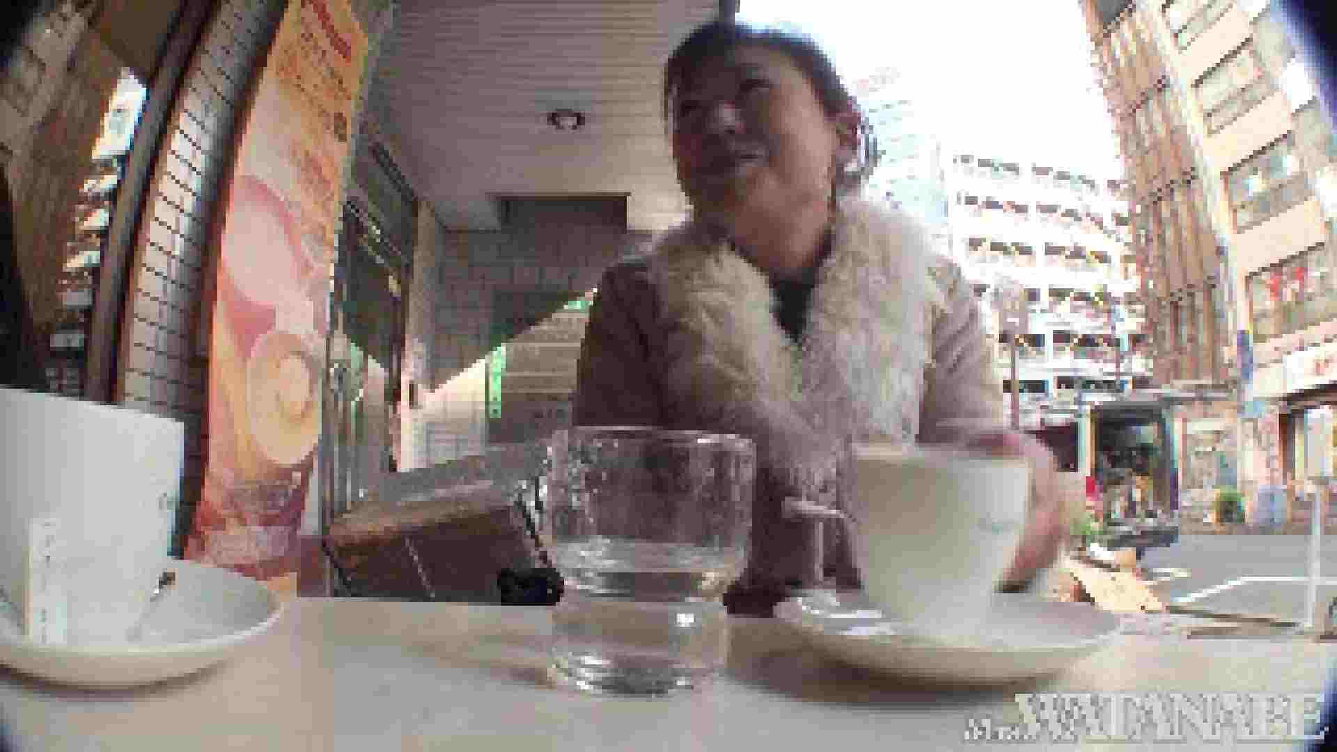 撮影スタッフを誘惑する痴熟女 かおり40歳 Vol.01 熟女  112連発 69