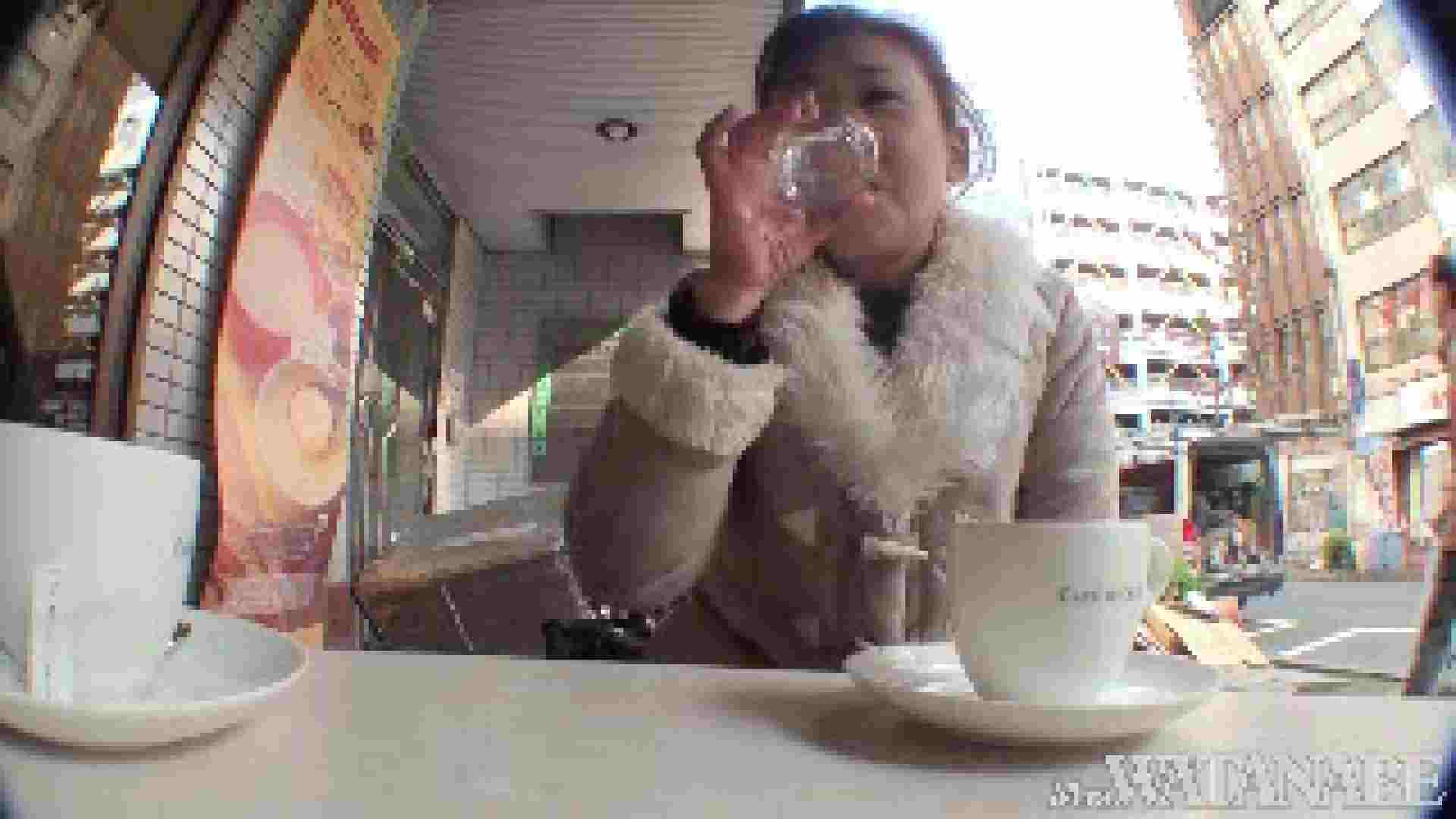 撮影スタッフを誘惑する痴熟女 かおり40歳 Vol.01 熟女  112連発 74