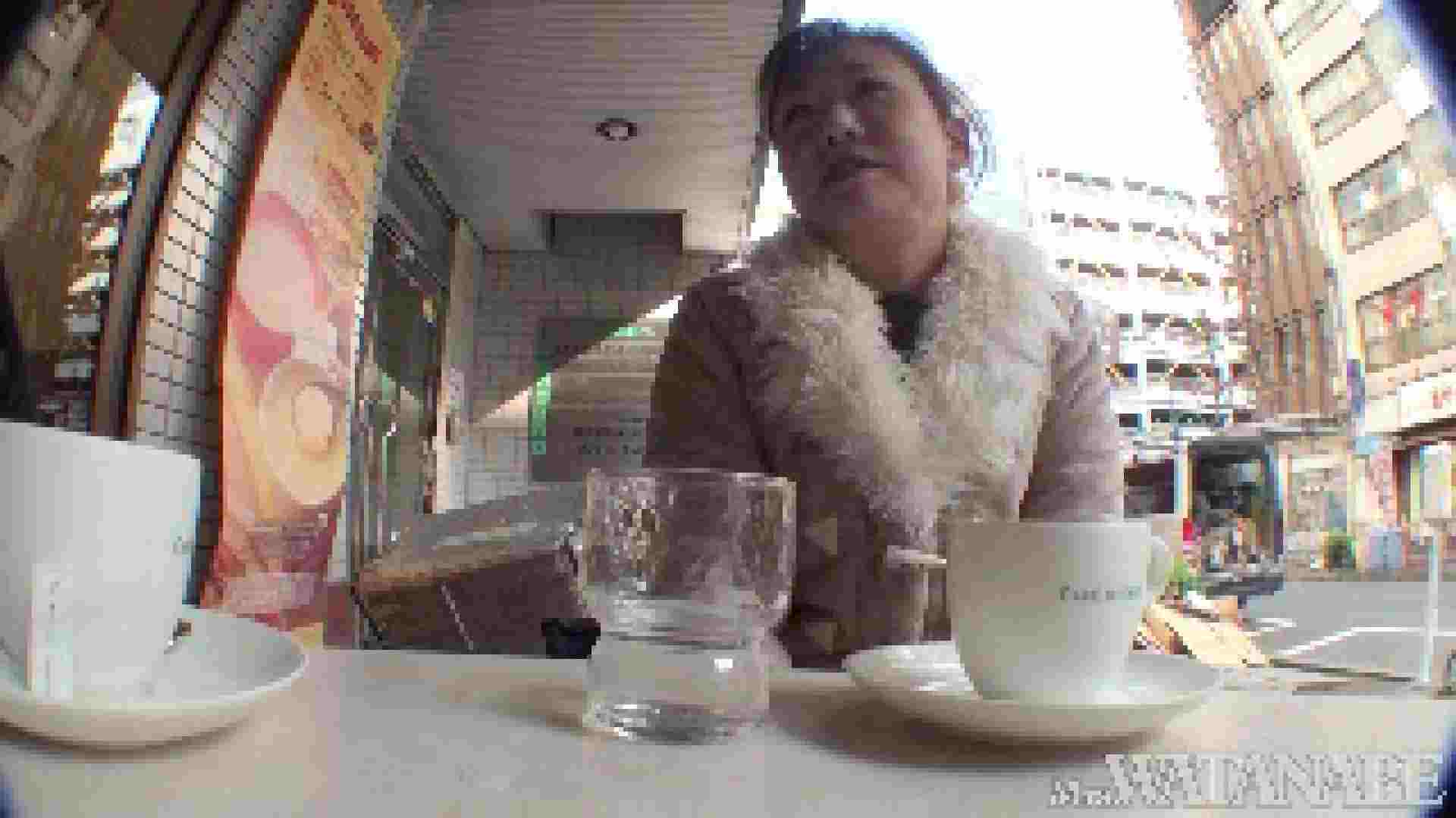 撮影スタッフを誘惑する痴熟女 かおり40歳 Vol.01 熟女  112連発 77