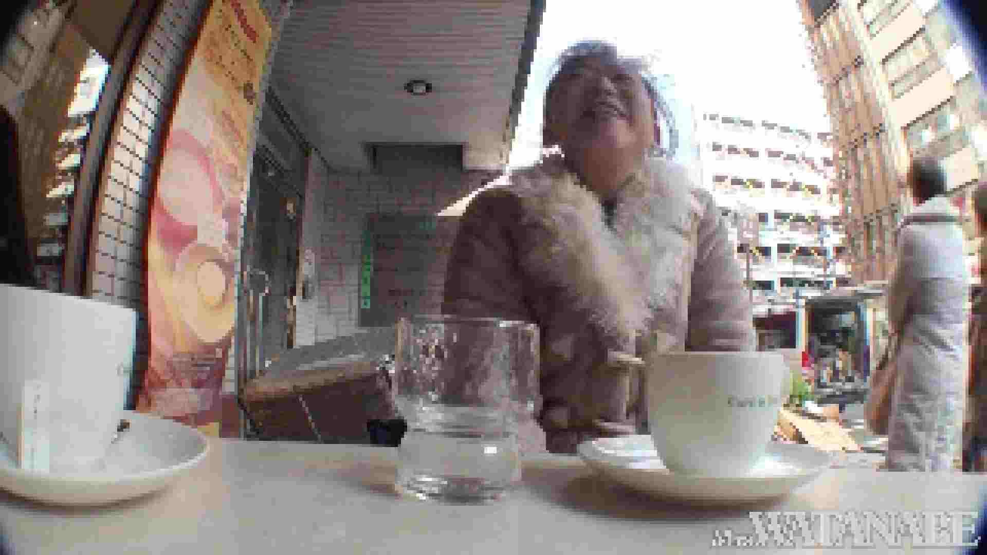 撮影スタッフを誘惑する痴熟女 かおり40歳 Vol.01 熟女  112連発 102
