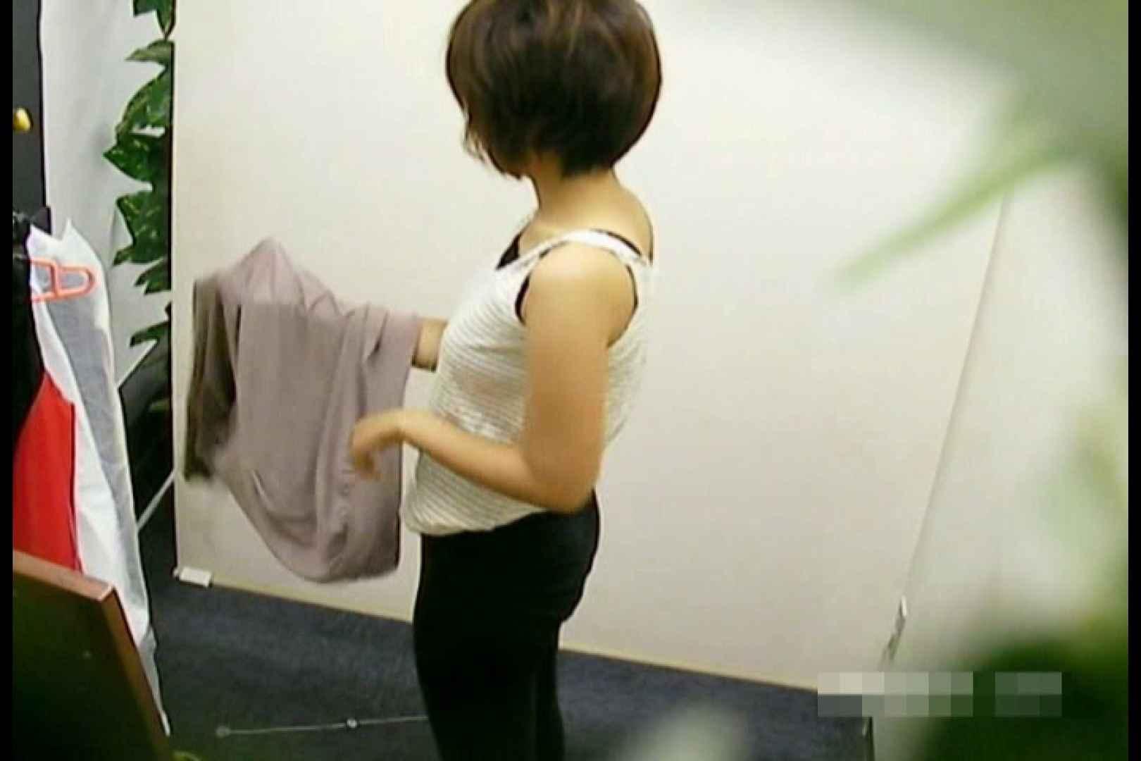 素人撮影 下着だけの撮影のはずが・・・エミちゃん18歳 オマンコ  29連発 28