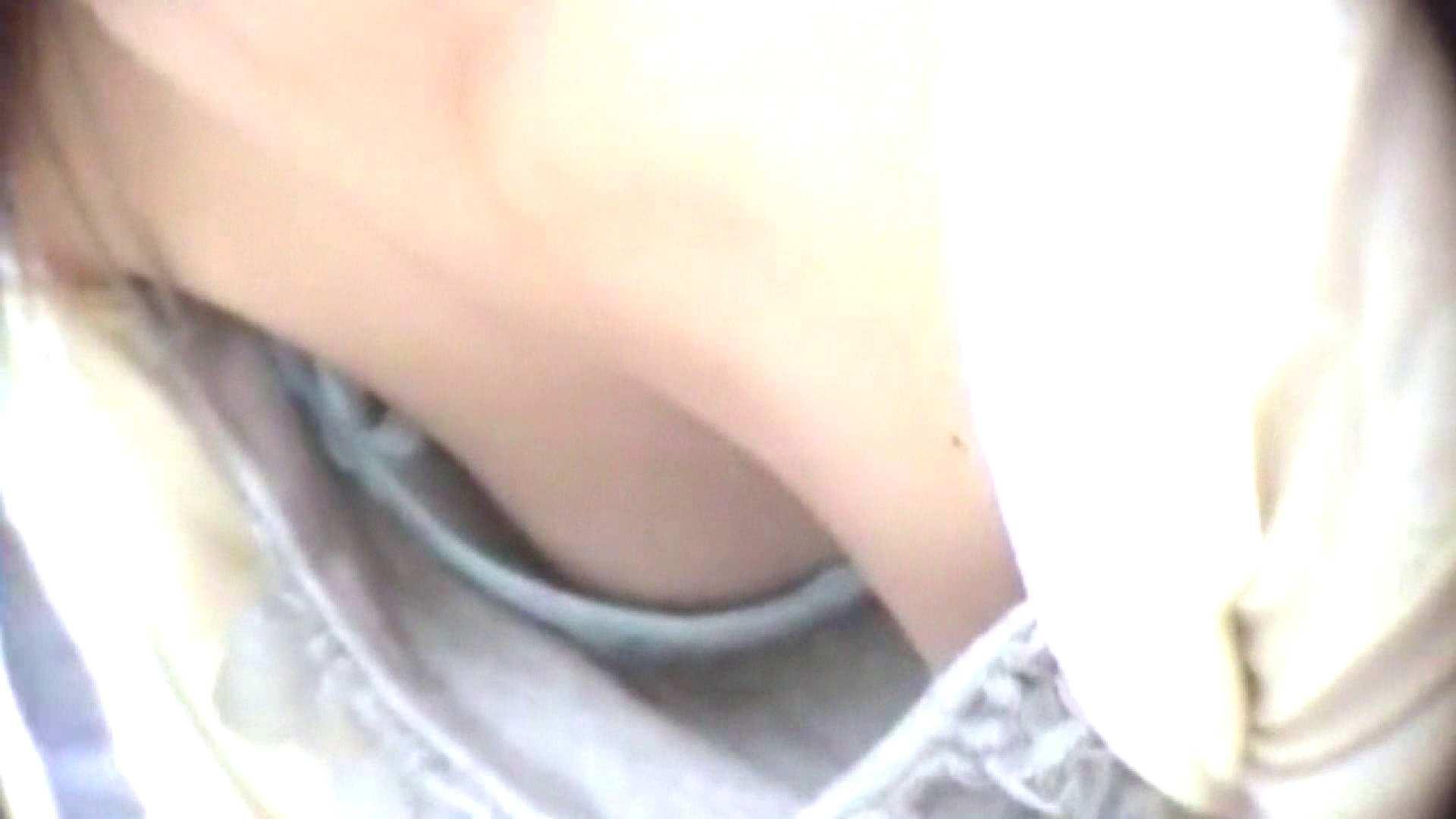 真剣に買い物中のgal達を上から下から狙います。vol.03 OL  82連発 18